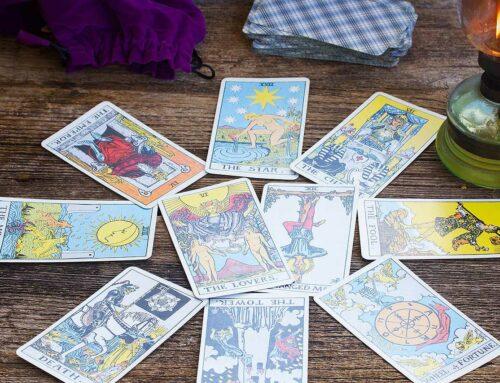 Understanding the Main Types of Tarot Spreads